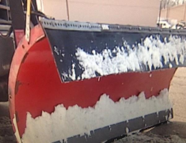 snow plow_-8296042303323746784
