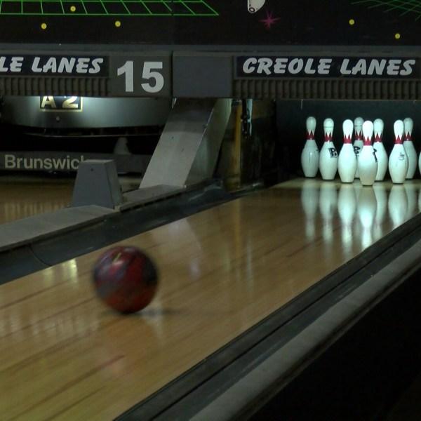 bowling pack.00_01_27_07.Still001_1459631828445.jpg