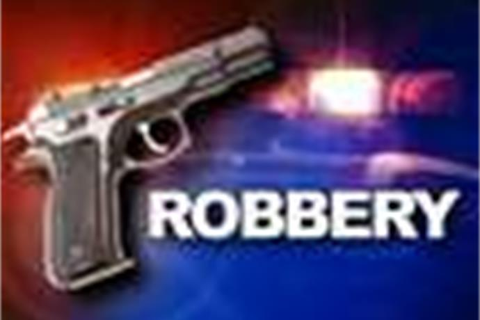 Teens Charged in Armed Robbery_5543572901550047676