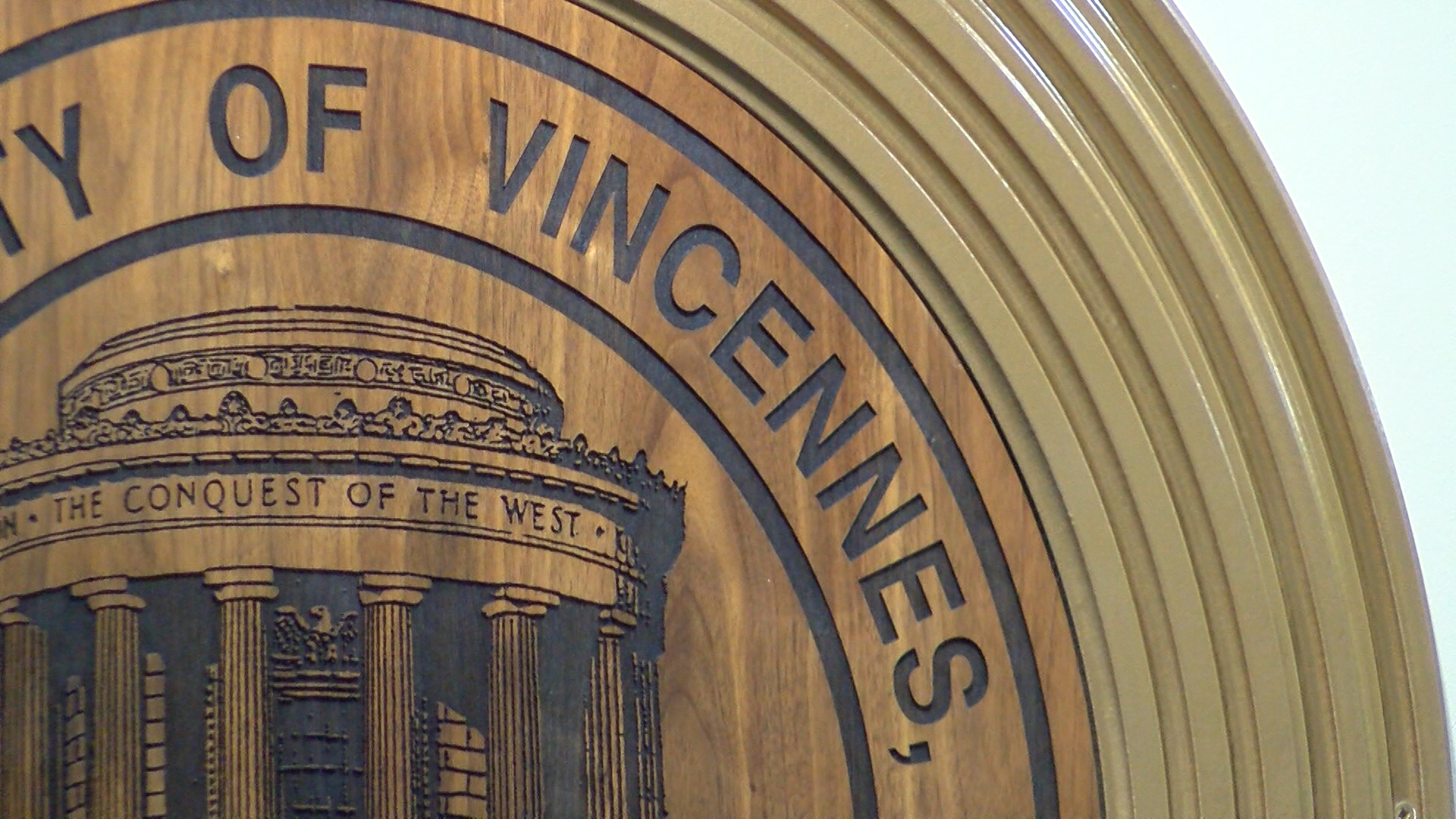 vincennes sign_1480714051976.jpg