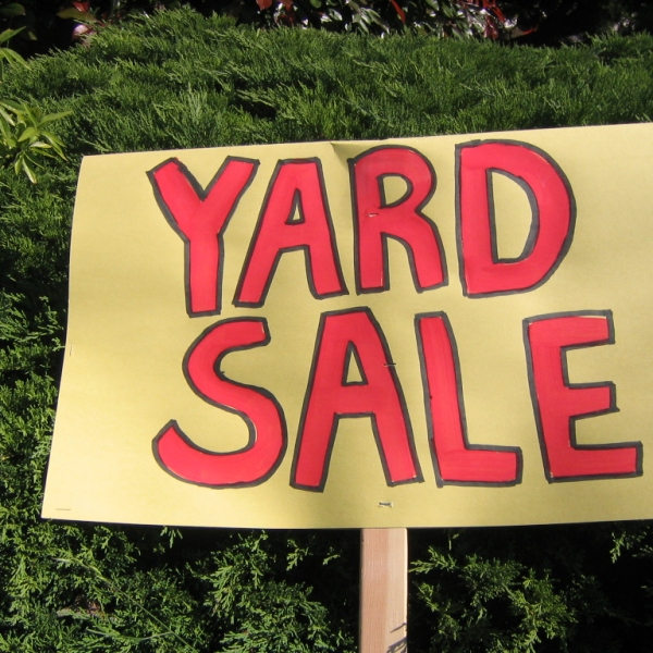 yard-sale_1503782932536.jpg