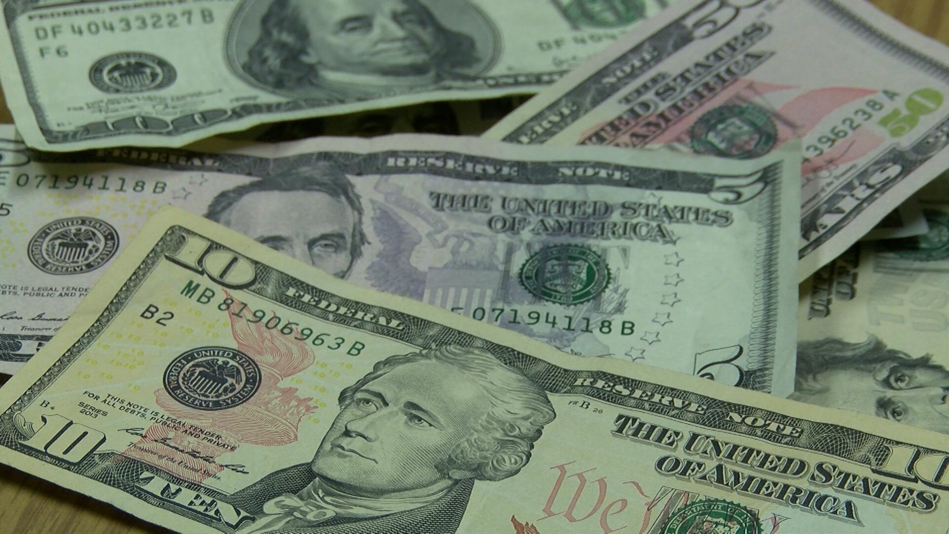 MONEY_1509402175750.jpg