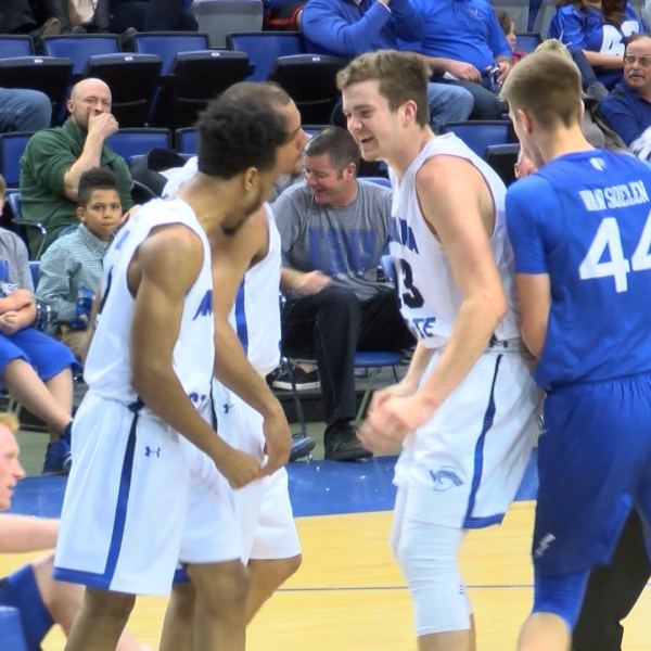 SYCAMORES TOP AIR FORCE 11-29_1512014899319.jpg