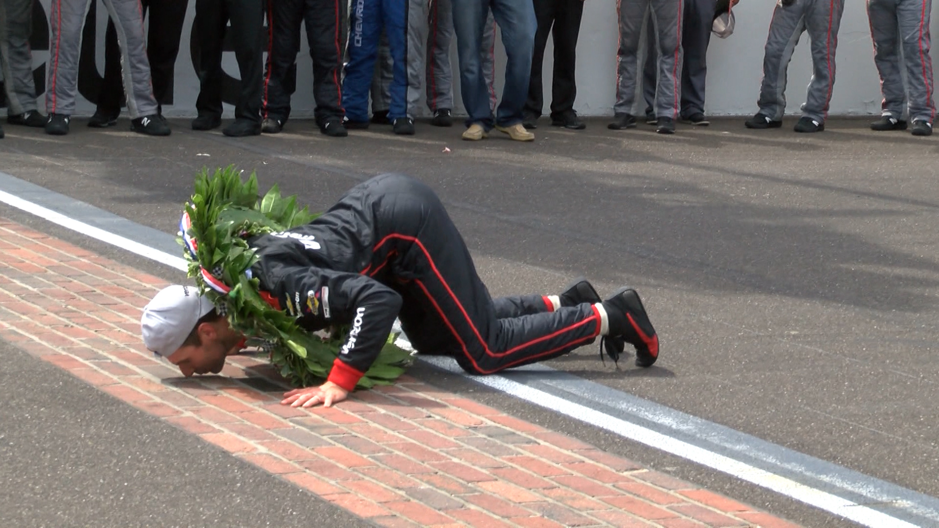 POWER WINS THE 102ND INDY 500