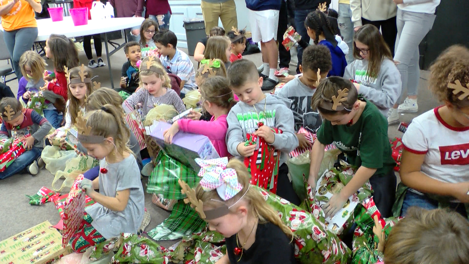 christmas kids dec 18_1545188233793.jpg.jpg