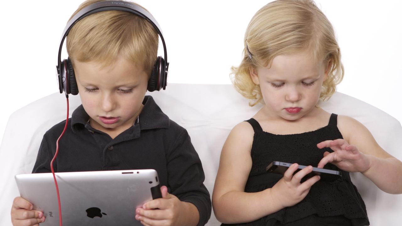 636006145791566395-1805872295_children and technology_1548866317979.jpg.jpg