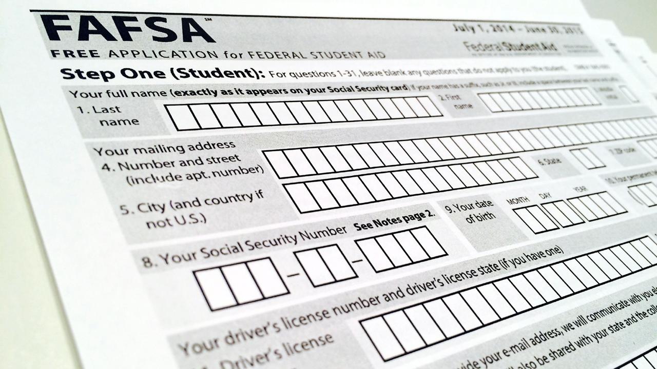 FAFSA financial aid-159532.jpg71527718