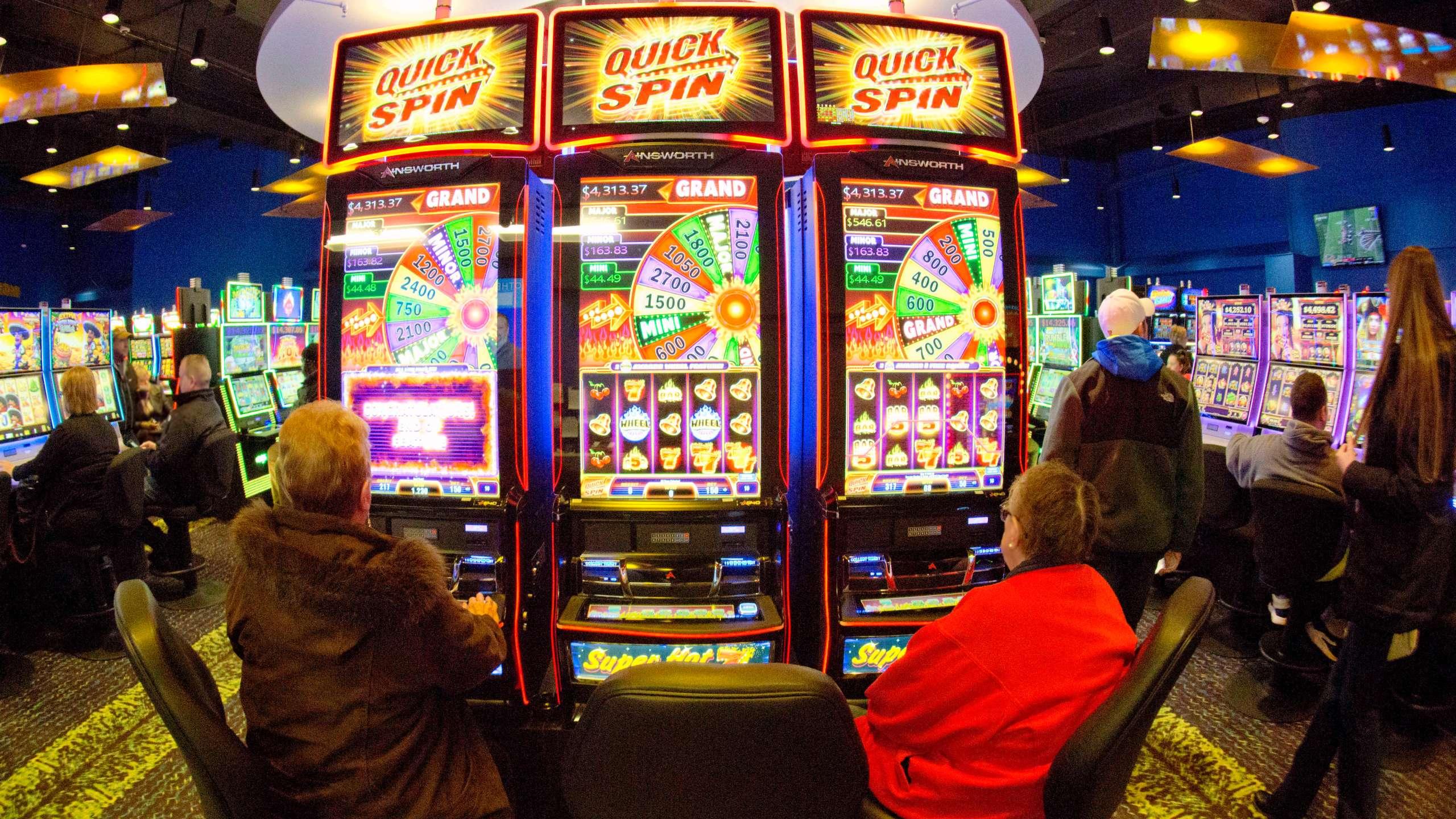 Tribal_Casino_Fight_75826-159532.jpg55811608