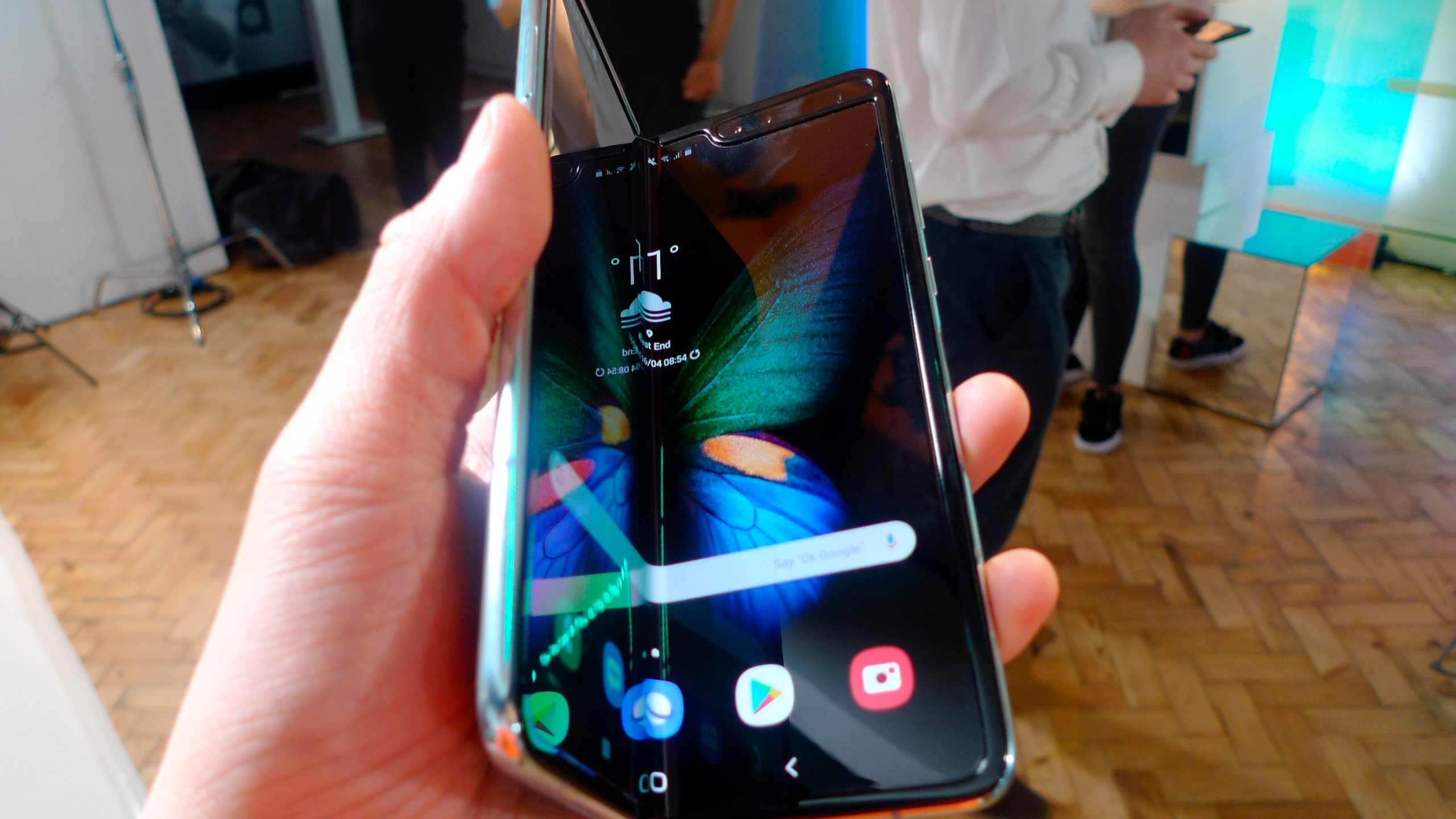 Britain Samsung Galaxy Fold_1555445429800