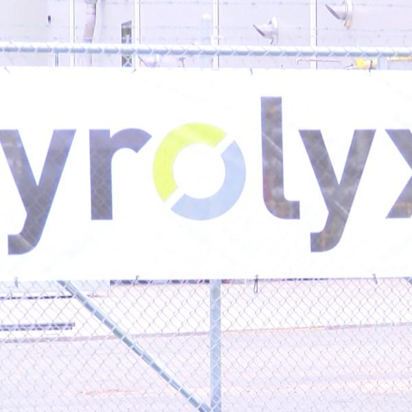 PYROLYX 5 VO_WTWO4e66_136.mxf.00_00_32_19.Still001_1560479752187.jpg.jpg
