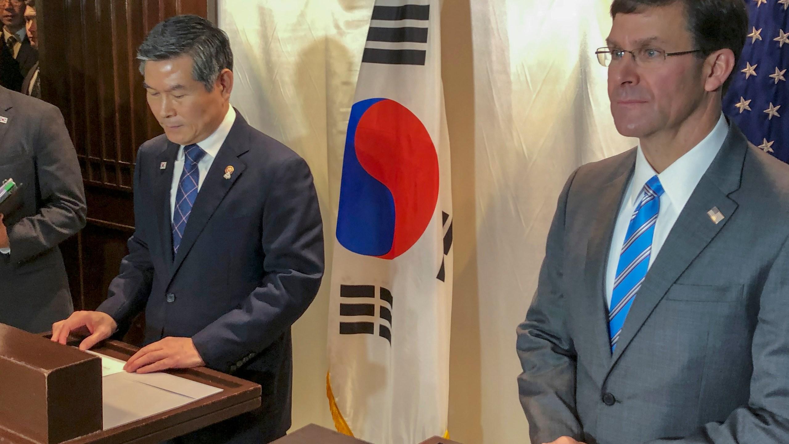 Mark Esper, Jeong Kyeong-doo