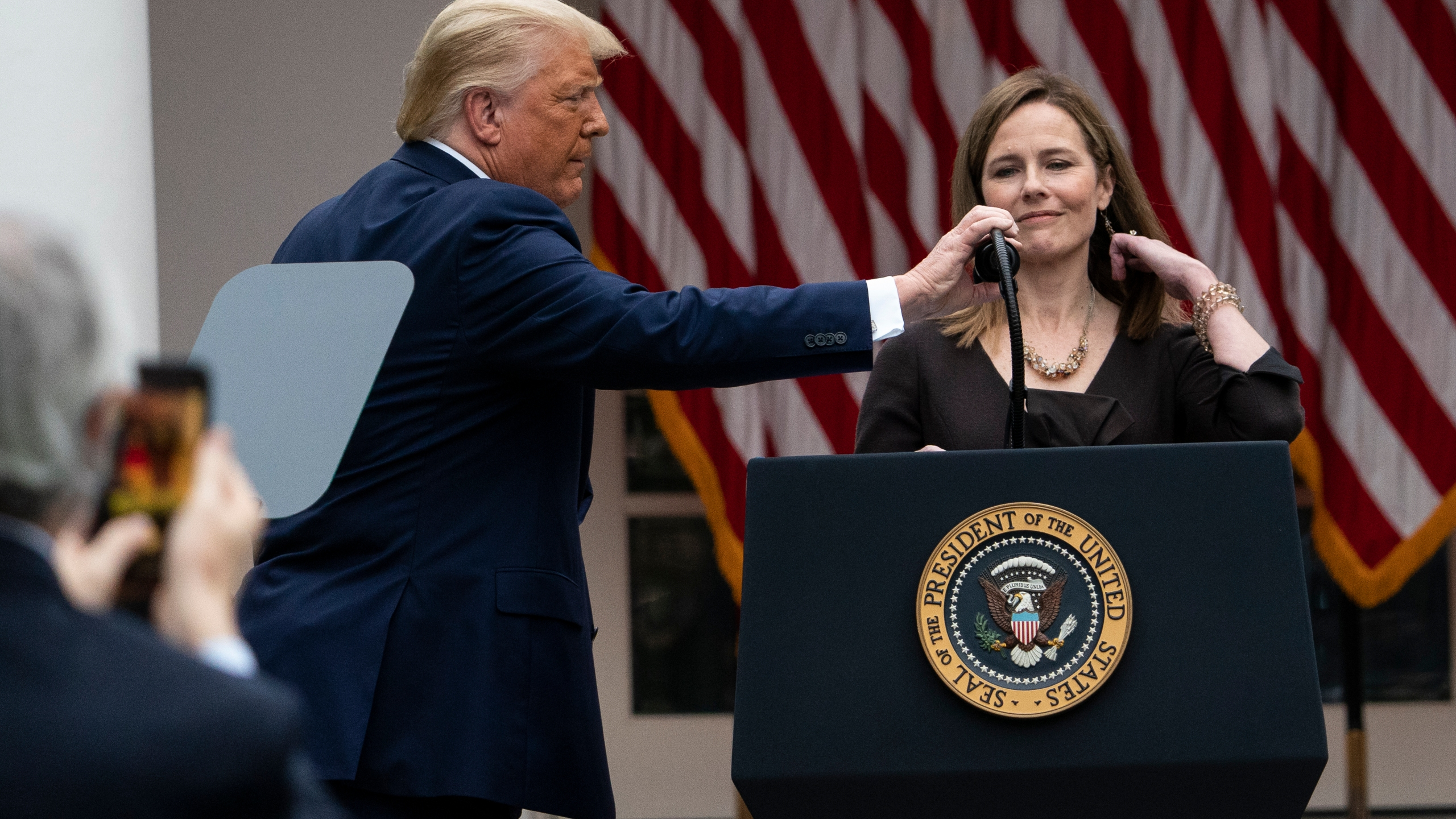 Donald Trump, Amy Coney Barrett