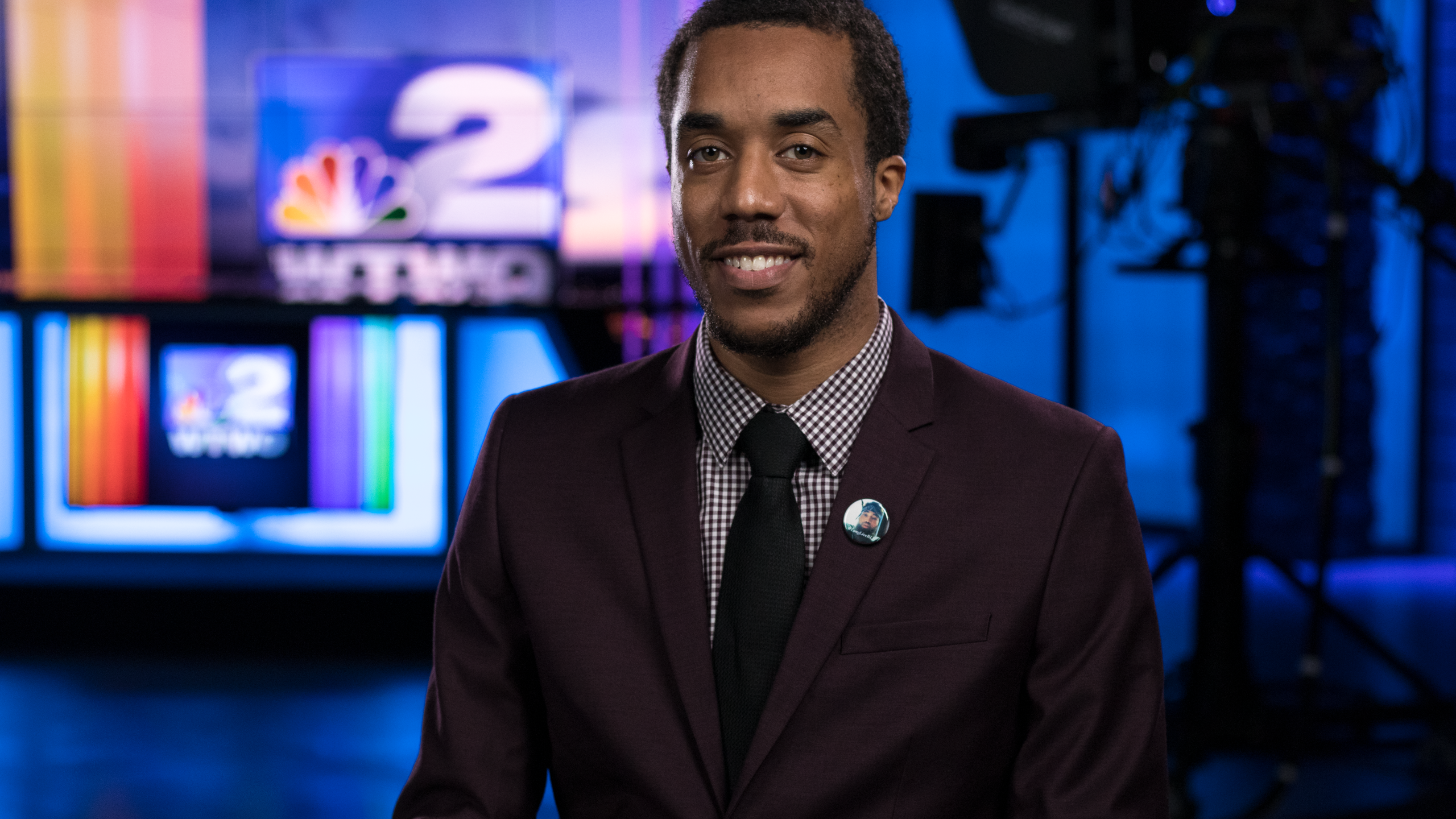 Desherion McBroom Journalist
