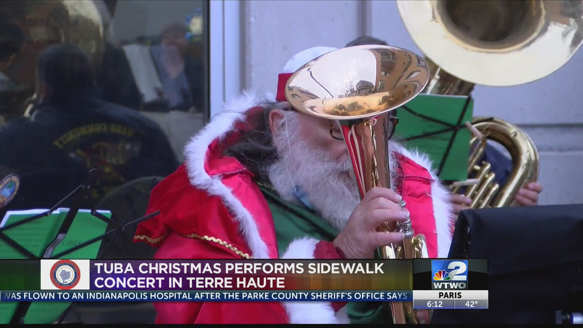 Musicians spread holiday cheer with a 'Tuba Christmas
